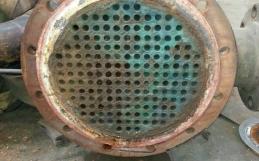 Reparación y limpieza de intercambiador tubular en Acerinox